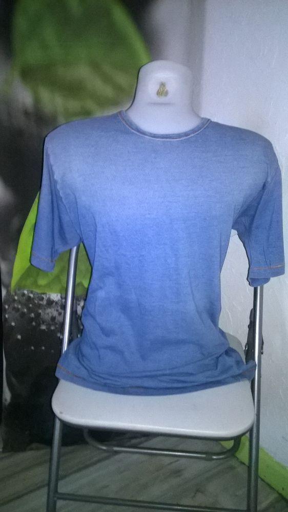 T shirt homme  Bleu ciel  Marque MANGO  Taille M  Bon et 4 Talange (57)
