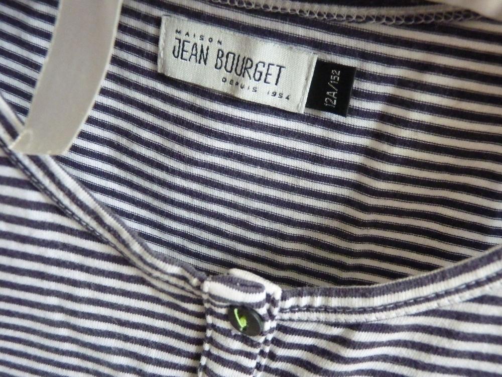 t-shirt jean bourget fille bleu 12 ans tbe 10 Brienne-le-Château (10)