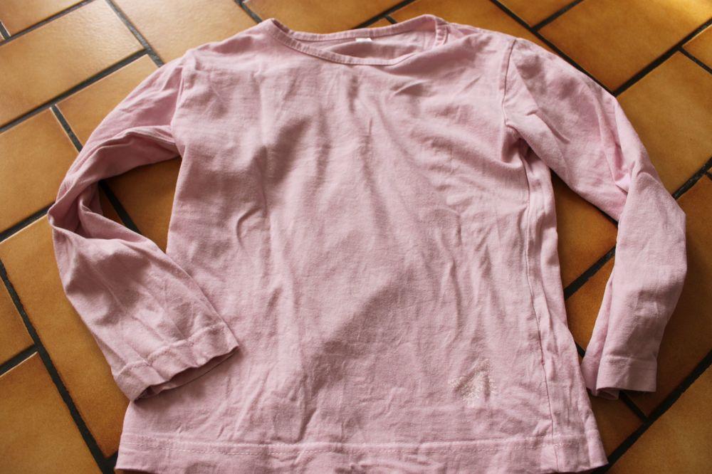 T-shirt manches longues rose 6 ans 2 Wervicq-Sud (59)
