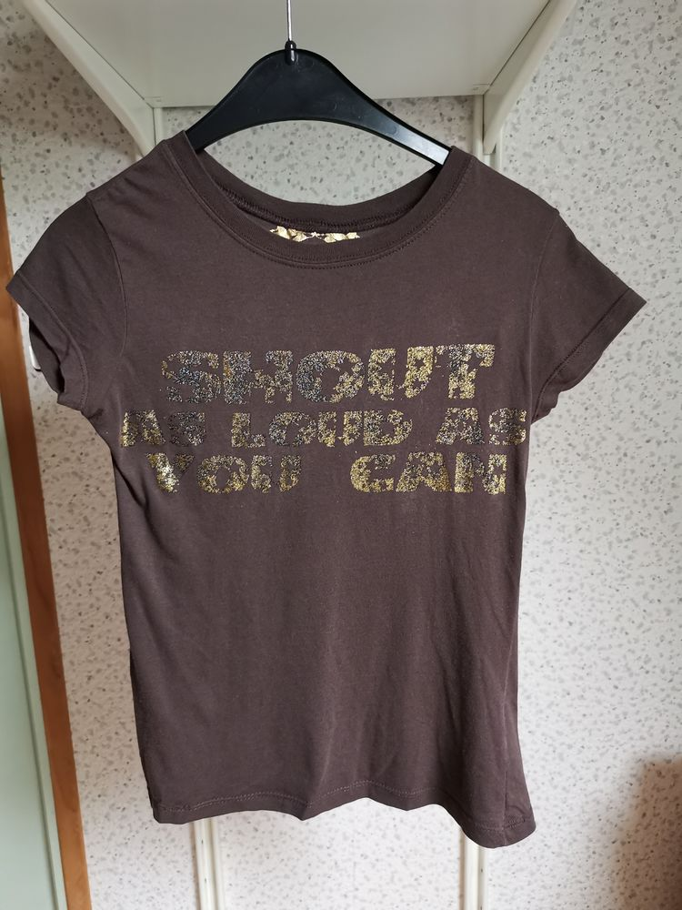 Tee-shirt marron Zara, manches courtes 10 Villemomble (93)