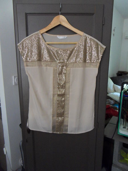 TEE SHIRT SEQUIN TAILLE S 5 Rochemaure (07)