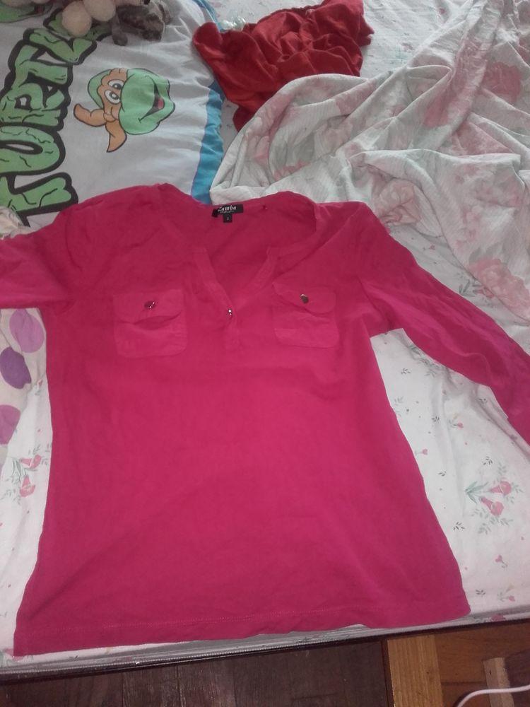 Shirt short manche mi longue 10€ de couleurs fuschias  15 Accolay (89)