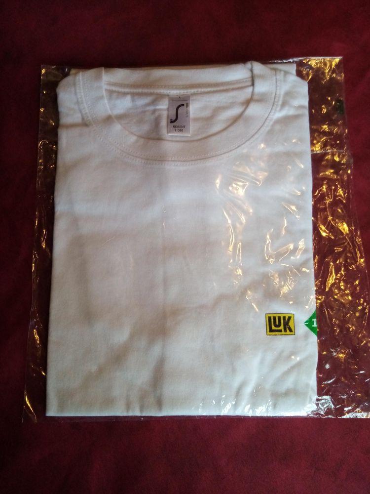 T-shirt LUK ina fag taille L neuf dans son emballage 6 Avermes (03)