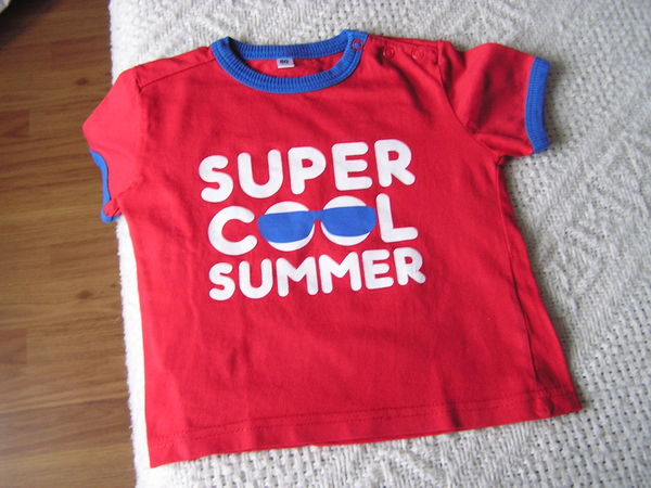 T-SHIRT, taille : 2 ans. 2 Brouckerque (59)