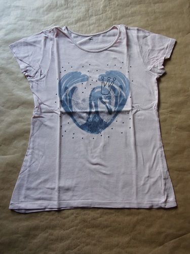 Tee shirt en taille 13-14 ans 1 Montaigu-la-Brisette (50)