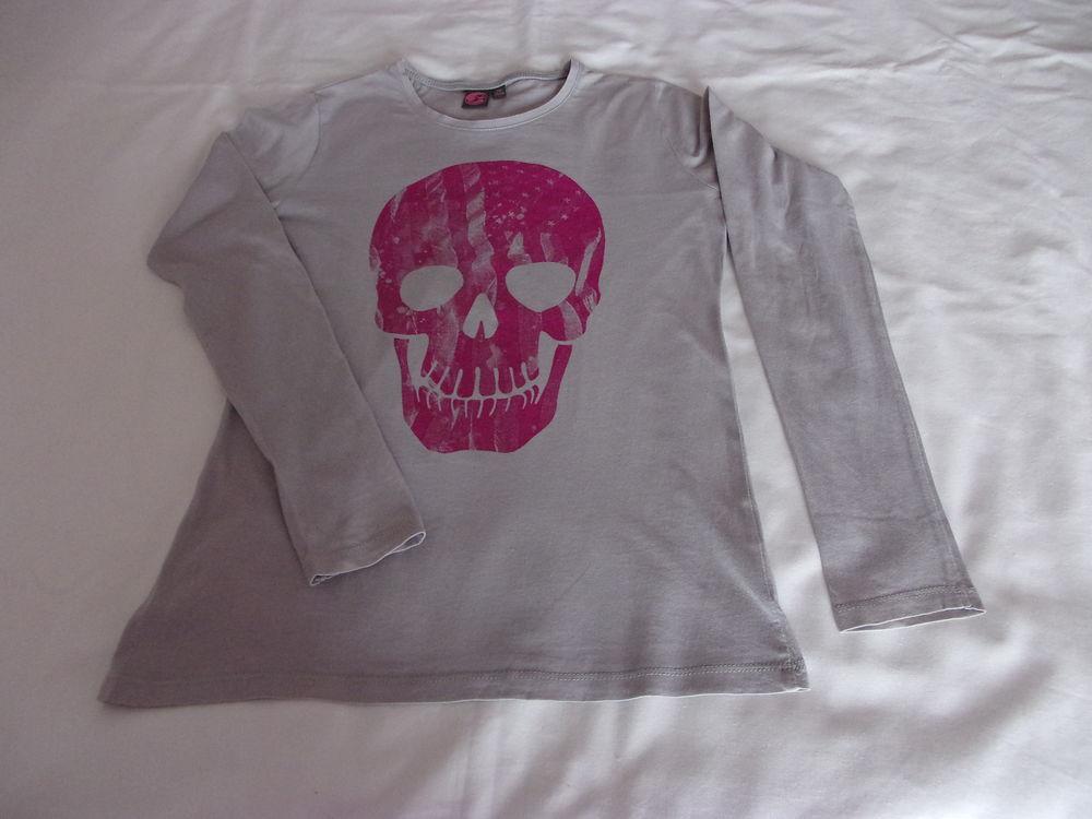 Tee-shirt tête de mort rose 4 Cannes (06)