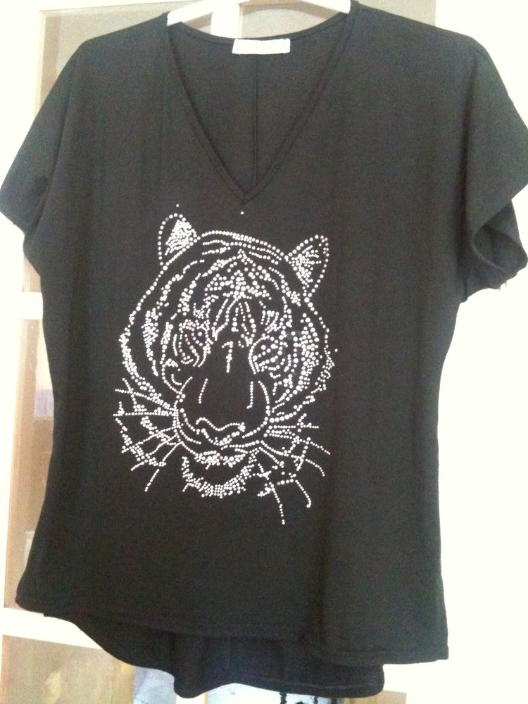 Tee-shirt  tigre . 5 Asnières-sur-Seine (92)