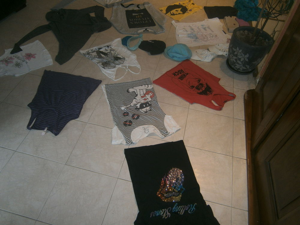 lot de T Shirt 12 ans 8 Annonay (07)