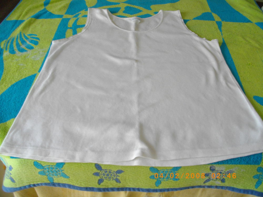 TEE-SHIRTS-POLOS SANS MANCHES - TAILLE : 46/48 5 Perros-Guirec (22)