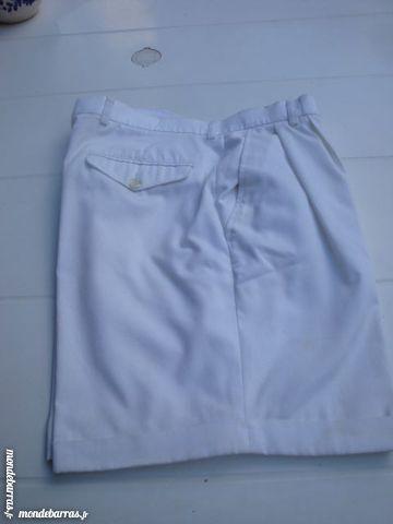 Short blanc pour homme 5 Nimes (30)