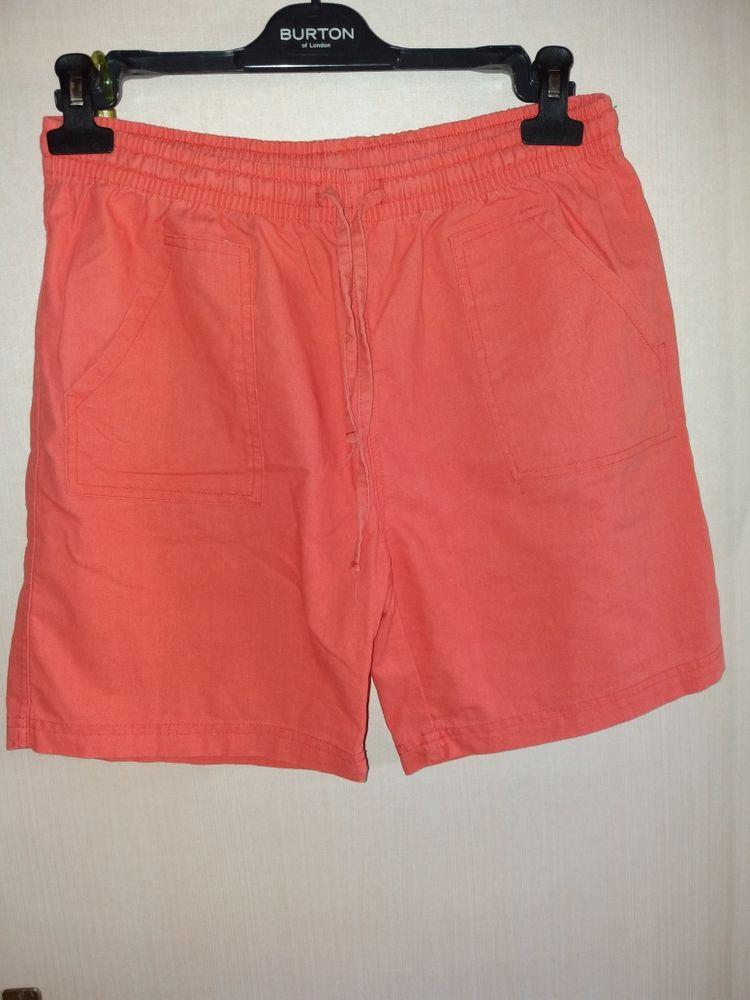 short femme couleur corail taille 40 3 Monceaux (60)