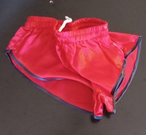 Short Nylon Satin Vintage Rouge/noir ou Navy Size M40 20 Lyon 3 (69)