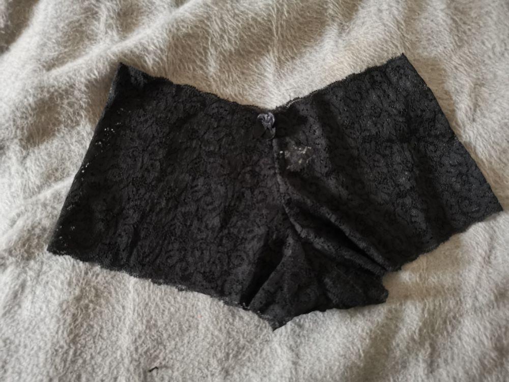 Shorty noir sans marque, taille S, neuve, jamais porté 20 Villemomble (93)