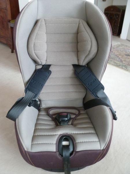 Pu riculture occasion meudon 92 annonces achat et for Siege auto bebe 9