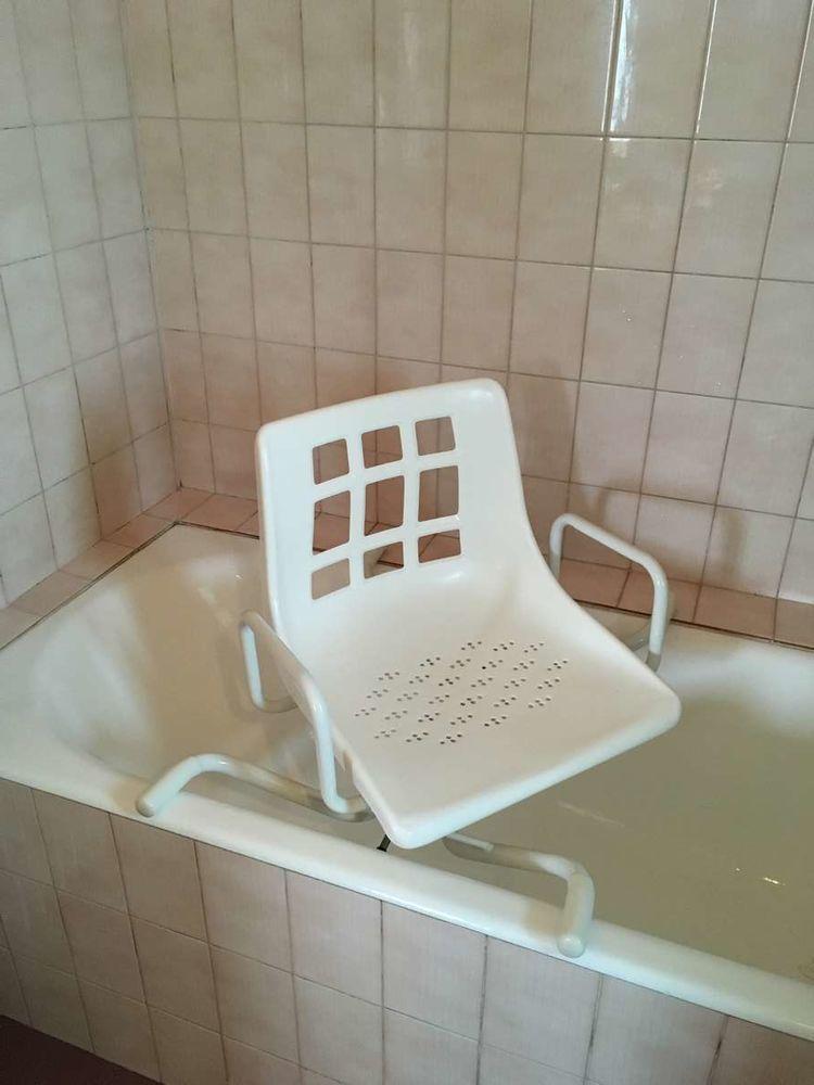 Siège de baignoire pivotant 40 Paris 14 (75)