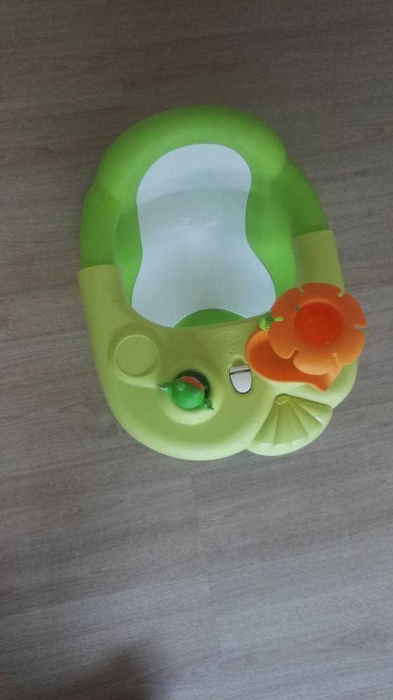 Siège de bain bébé  15 Lagny-sur-Marne (77)