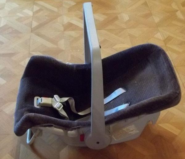 siège bébé  0 Éterville (14)