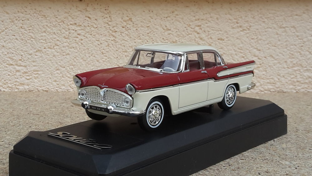 Simca Chambord 1958 18 Follainville-Dennemont (78)