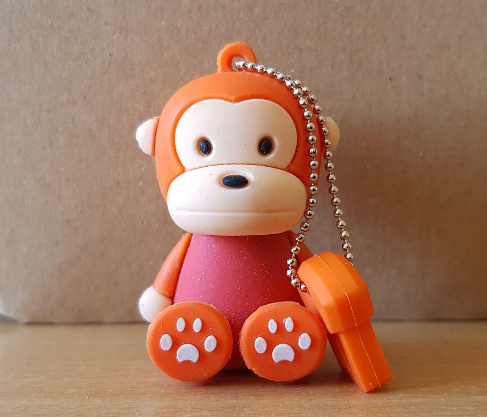 clé usb 8 go singe monkey rouge et orange 5 Carnon Plage (34)