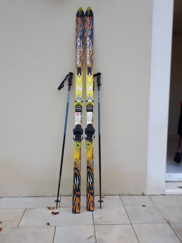 SKIS ADULTE HOMME AVEC FIXATIONS Sports