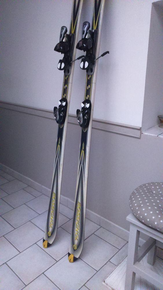 Skis + Batons de ski 40 Rieulay (59)
