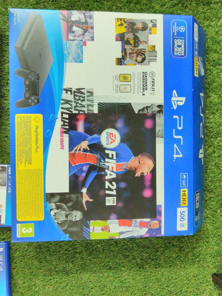 PS4 slim 500 go 221 Mazaugues (83)