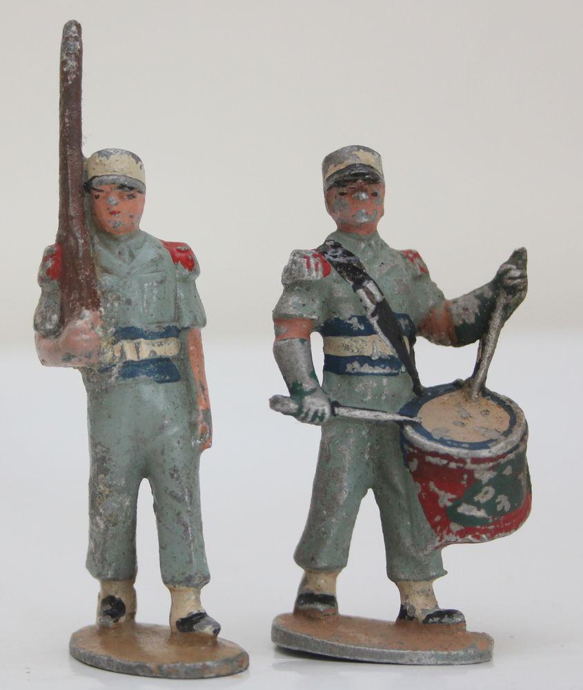 Soldats QUIRALU défilé tambour 15 Issy-les-Moulineaux (92)