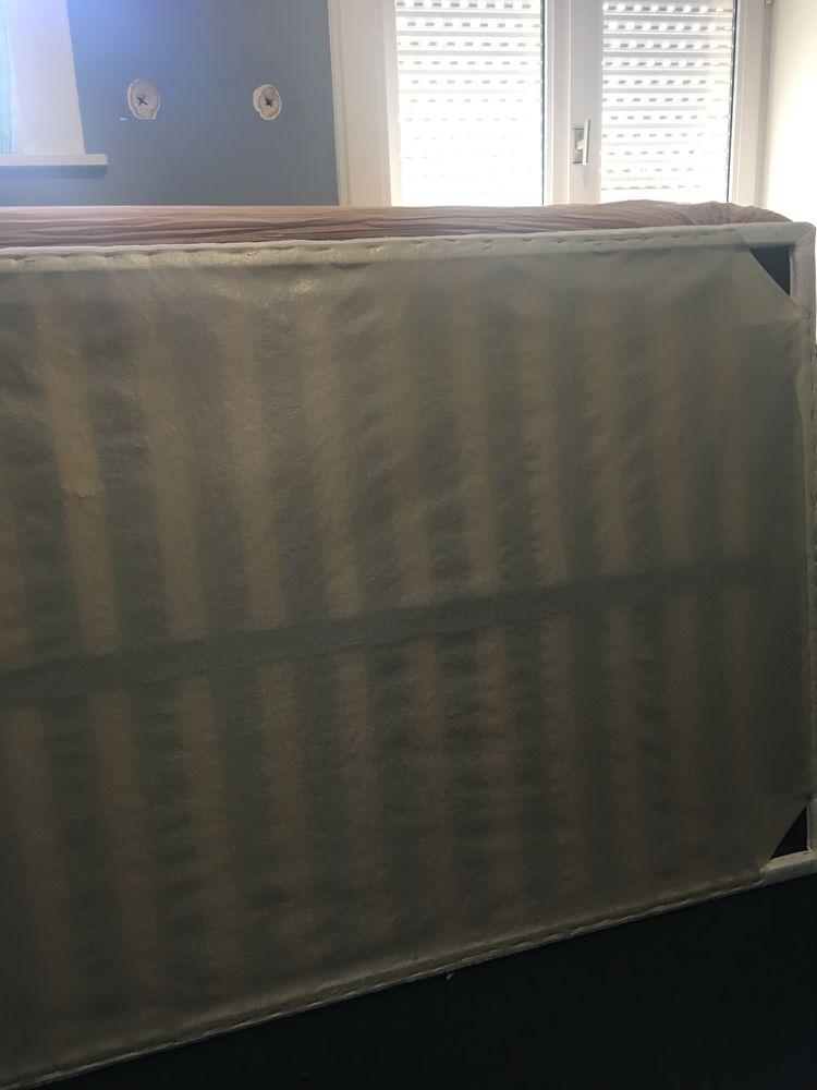 Sommier à lattes recouvert tissu blanc 120 x 190 cm 20 Erquinghem-Lys (59)