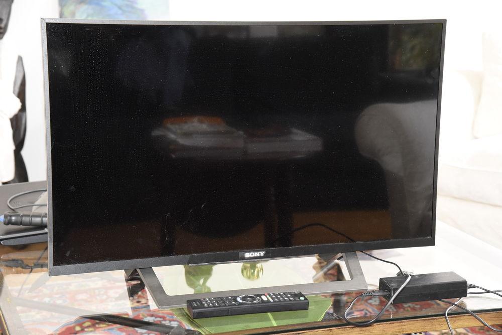 TV Sony Bravia WD75 80.1 cm 320 Paris 16 (75)