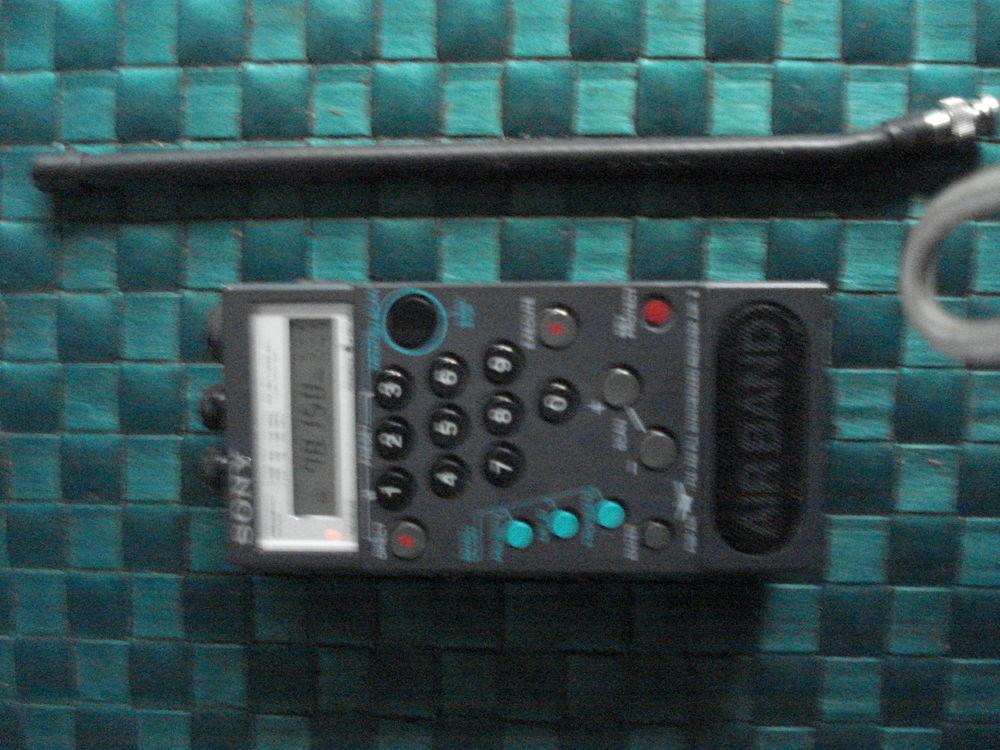 SONY Air 8 radio-bande 4 PSB Air AM FM Avion Radio 70 Fontenay-le-Fleury (78)