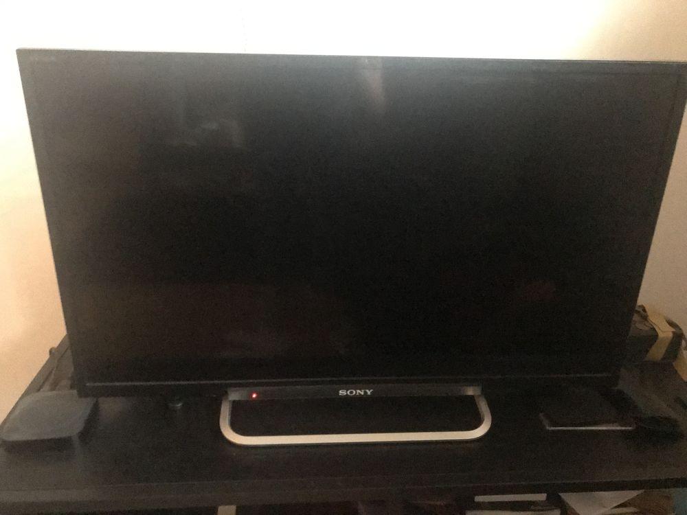 TV Sony LED 180 Paris 15 (75)