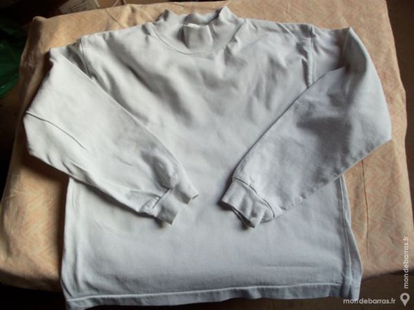 Sous pull blanc taille 8 ans 3 Goussainville (95)