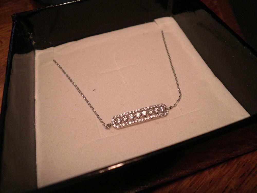 Spécial St-Valentin : Bracelet en argent Bijoux et montres