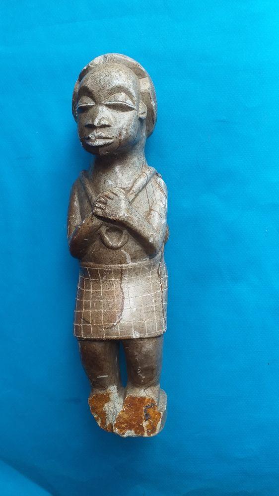 Statue africaine, pierre dure, porte un mouton dans le dos 15 Montauban (82)