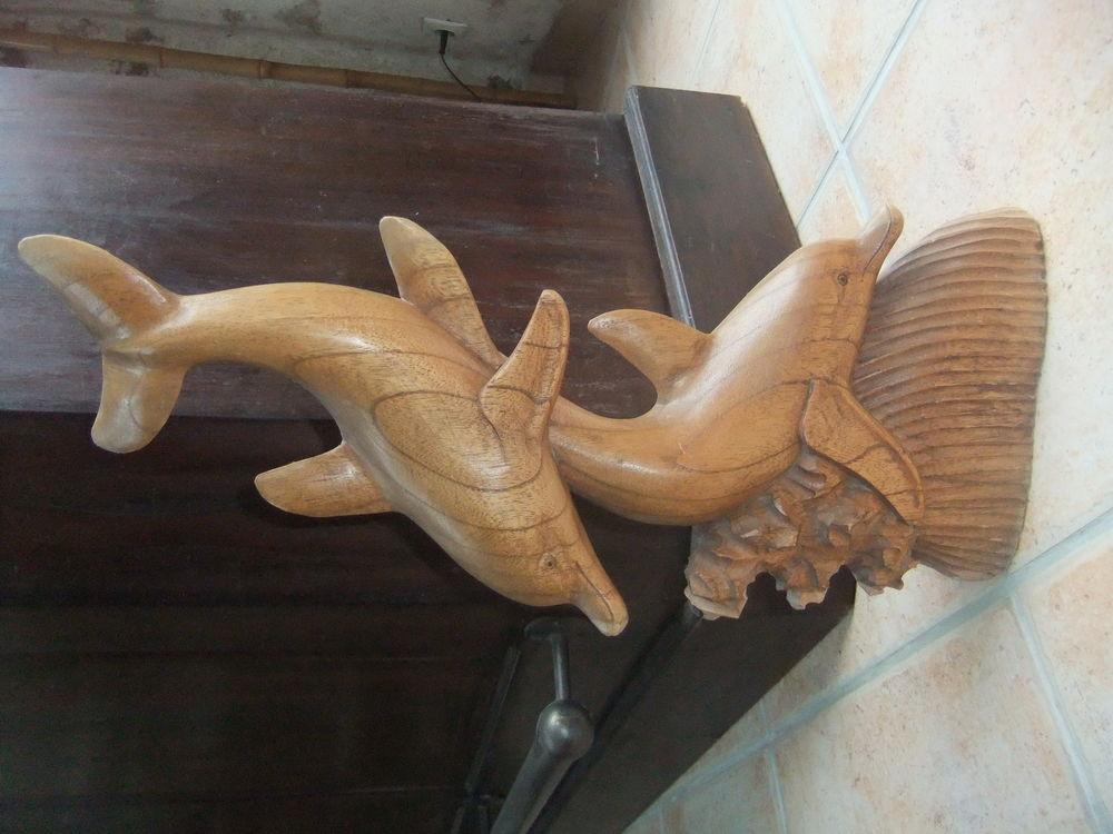 statue en bois dauphns 50 Moisenay (77)