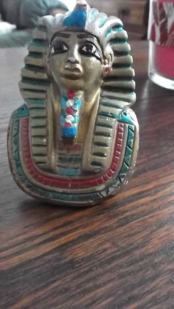 statue egyptienne exp possible 4 Fouilloy (80)