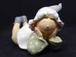 Statue plâtre petite fille avec bonnet