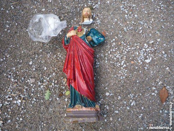 Statue en plâtre sacré-coeur de jésus 10 Castres (81)