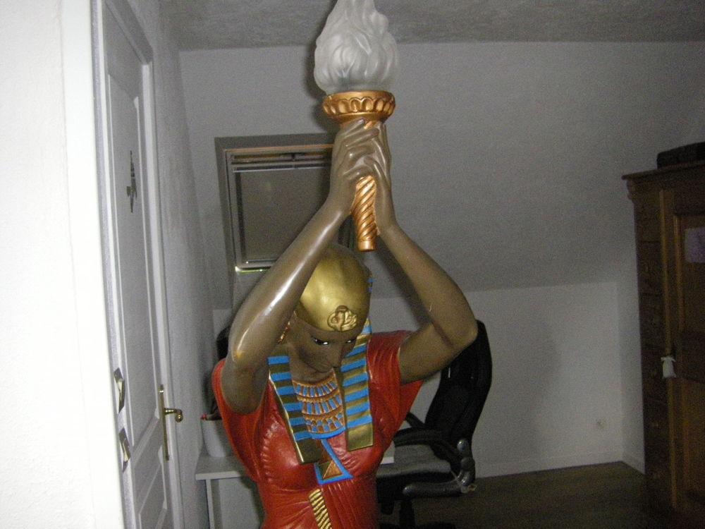 statue 0 Condé-sur-Vire (50)