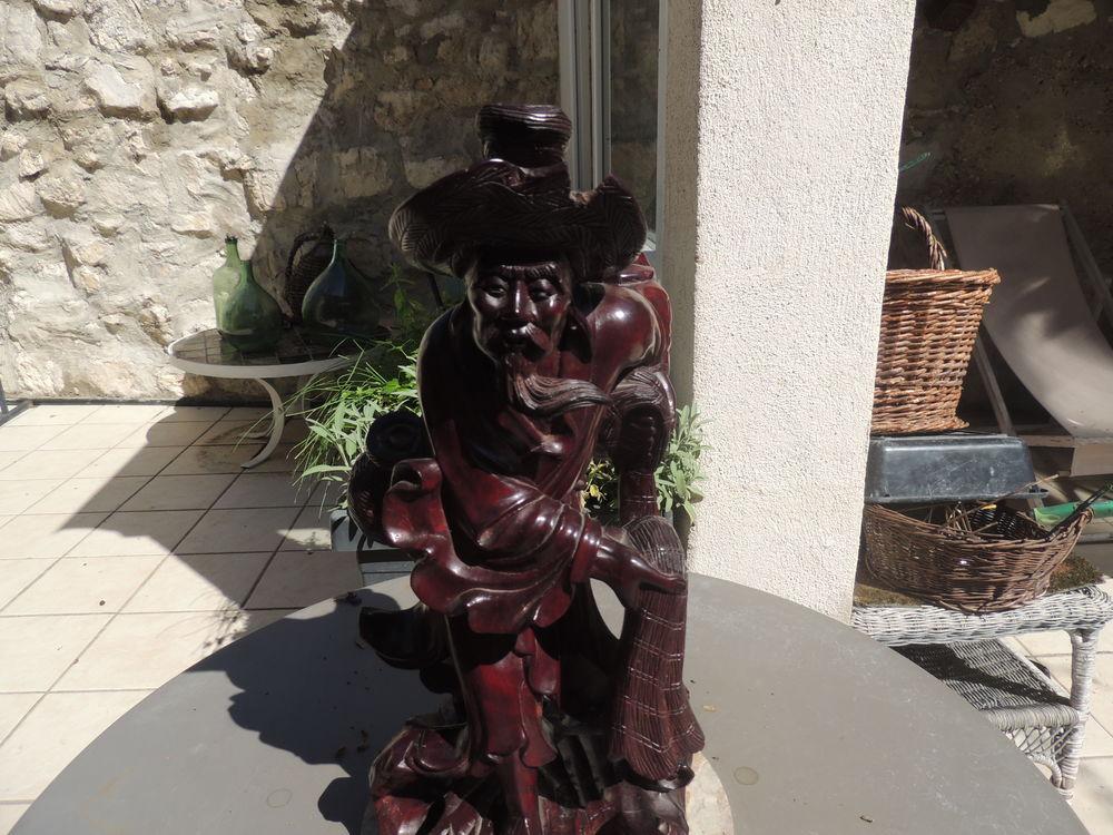 STATUE 30 Pernes-les-Fontaines (84)