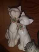 Statues chats 6 Lagny-sur-Marne (77)
