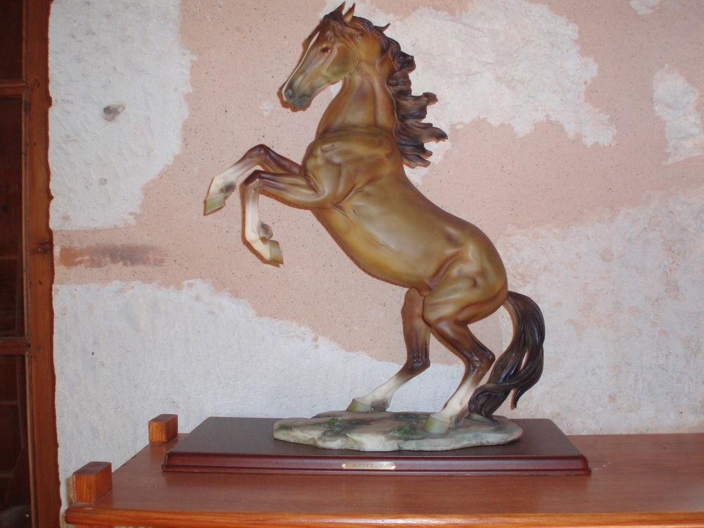 statuette cheval 60 Saint-Jean-de-Thurac (47)