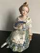 Statuette Porcelaine ancienne 'VALENCIANA' Collector !