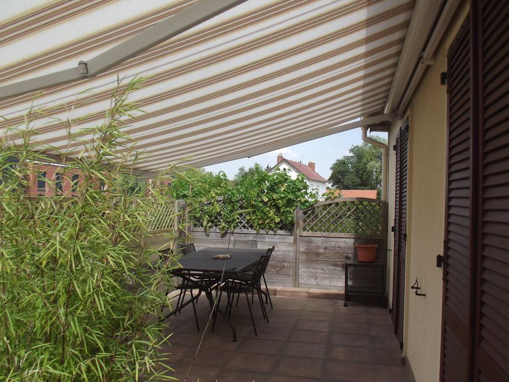 store de terrasse 80 Montigny-le-Bretonneux (78)