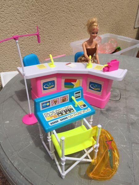 Studio d'enregistrement Barbie 10 Louchy-Montfand (03)