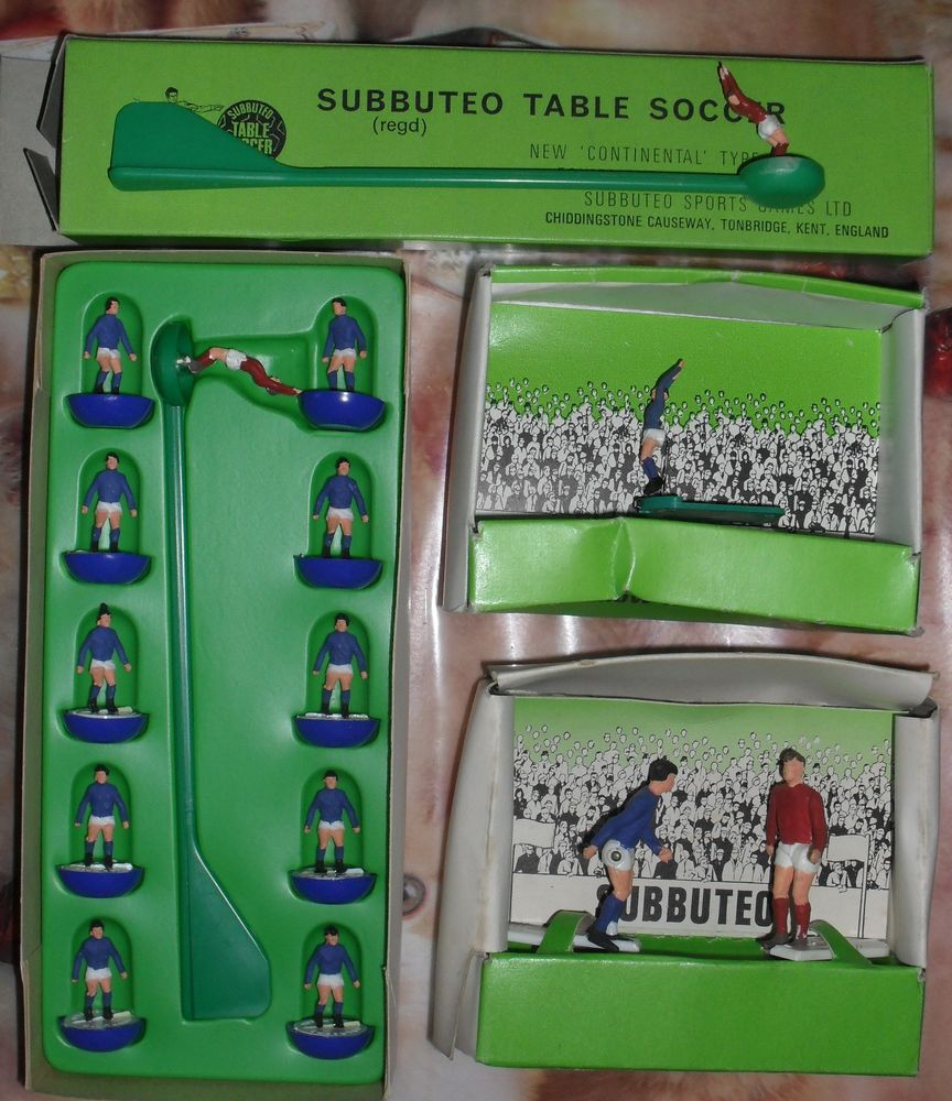 Subbuteo Equipe Italie+1 joueur Touche+2joueursCorner+1Goal 65 Montreuil (93)