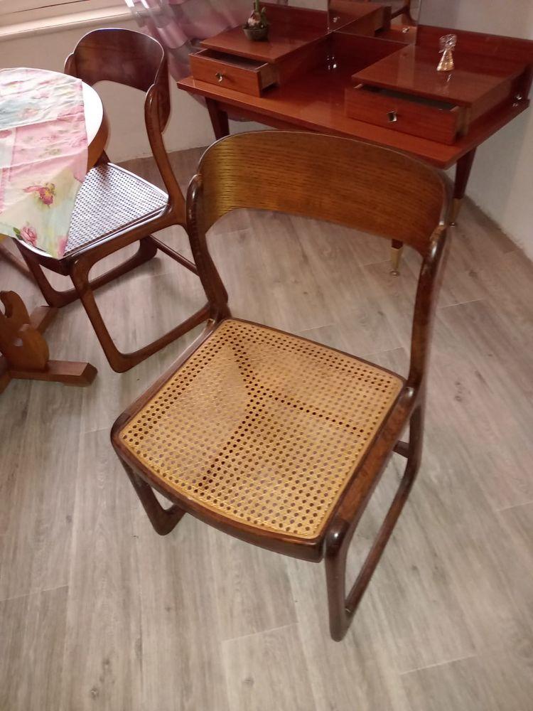 suite de 3 chaises Baumann année 1970. 300 Sanary-sur-Mer (83)