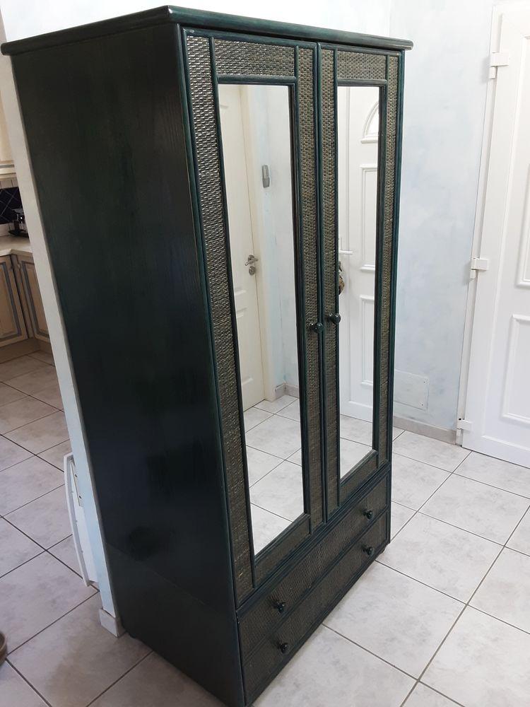 Superbe armoire en frêne et rotin 2 portes, miroirs intégrés 200 Préserville (31)