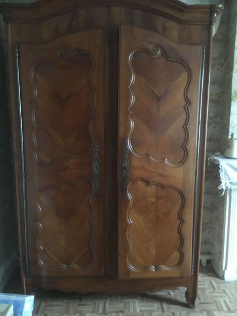 superbe armoire 0 Divion (62)