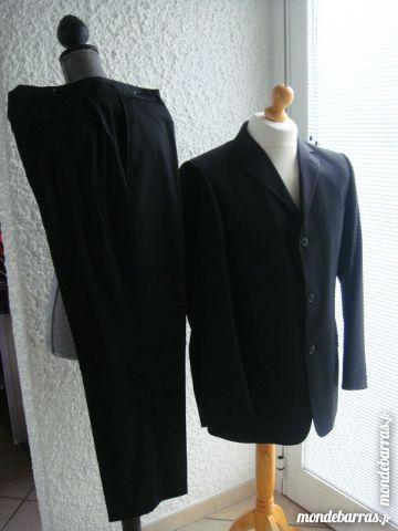 Superbe costume noir à rayures.Marque  CARVEN  T.50  99 Longlaville (54)